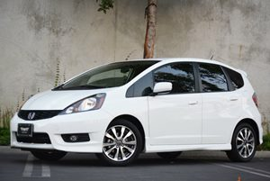 2013 Honda Fit Sport Carfax 1-Owner - No Accidents  Damage Reported to CARFAX Air Conditioning