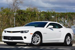 2015 Chevrolet Camaro LS Carfax 1-Owner - No Accidents  Damage Reported to CARFAX Air Conditioni