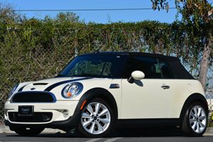 2013 MINI Cooper Convertible S Carfax 1-Owner - No Accidents  Damage Reported to CARFAX Air Cond