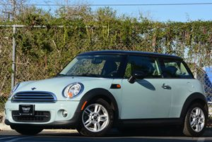 2013 MINI Cooper Hardtop  Carfax 1-Owner Air Conditioning  AC Audio  AmFm Stereo Audio  Au