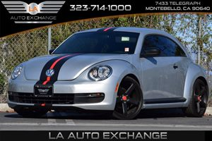2012 Volkswagen Beetle Entry PZEV Carfax 1-Owner 25L I5 Pzev Engine 6-Speed Automatic Transmiss