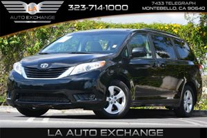 2014 Toyota Sienna LE AAS Carfax 1-Owner - No Accidents  Damage Reported to CARFAX  Black 28