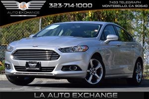 2013 Ford Fusion SE Carfax 1-Owner Convenience  Adjustable Steering Wheel Convenience  Automat