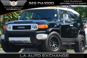 2014 Toyota FJ Cruiser  Carfax Report 5 Person Seating Capacity Audio  AmFm Stereo Clearcoat