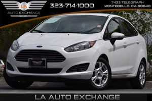 2014 Ford Fiesta SE Carfax 1-Owner 5 Person Seating Capacity Airbag Occupancy Sensor Audio  Au