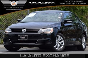 2014 Volkswagen Jetta Sedan SE wConnectivity Carfax 1-Owner - No Accidents  Damage Reported to C