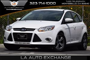 2014 Ford Focus SE Carfax 1-Owner 124 Gal Fuel Tank 382 Axle Ratio 5 Person Seating Capacity