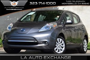 2014 Nissan LEAF S Carfax 1-Owner - No Accidents  Damage Reported to CARFAX 794 Axle Ratio Air