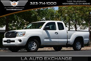 2006 Toyota Tacoma  Carfax Report - No AccidentsDamage Reported  Super White 14911 Per Mont