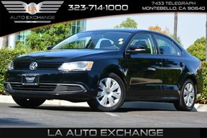 2014 Volkswagen Jetta Sedan SE Carfax 1-Owner 5 Person Seating Capacity Body-Colored Front Bumpe