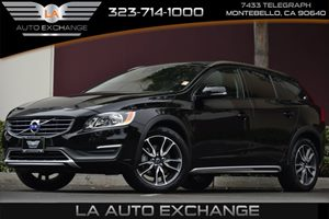 2016 Volvo V60 Cross Country T5 Carfax 1-Owner 2 12V Dc Power Outlets 5 Cylinders Air Condition