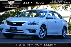 2015 Nissan Altima 25 S Carfax 1-Owner - No AccidentsDamage Reported  Pearl White  Happy Hol