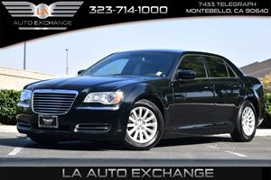 2014 Chrysler 300  Carfax 1-Owner 160 Amp Alternator 265 Axle Ratio Audio  Auxiliary Audio In