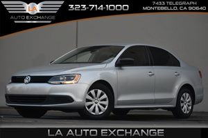 2014 Volkswagen Jetta Sedan S Carfax 1-Owner - No AccidentsDamage Reported 2 12V Dc Power Outlet