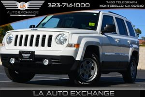 2015 Jeep Patriot Sport Carfax 1-Owner  Bright White Clearcoat  We are not responsible for typ