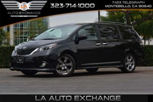 2014 Toyota Sienna SE Carfax 1-Owner - No AccidentsDamage Reported  Black - 25999 34492