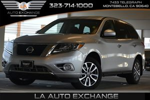 2013 Nissan Pathfinder S Carfax 1-Owner  Brilliant Silver  We are not responsible for typograp