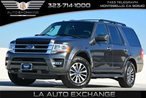 2015 Ford Expedition XLT Carfax 1-Owner  Gray  We are not responsible for typographical errors