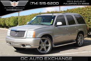 2004 Cadillac Escalade  Carfax Report - No AccidentsDamage Reported  Quicksilver  We are not
