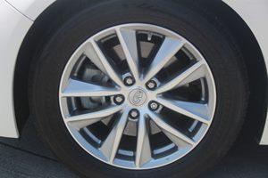 2014 INFINITI Q50 Premium Carfax 1-Owner - No AccidentsDamage Reported  Moonlight White