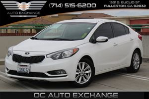 2014 Kia Forte EX Carfax 1-Owner  Snow White Pearl -          13788 Per Month - On Approved