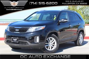 2014 Kia Sorento LX Carfax 1-Owner - No AccidentsDamage Reported  Ebony Black          1925