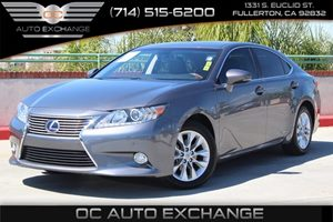 2013 Lexus ES 300h Hybrid Carfax 1-Owner - No AccidentsDamage Reported  Nebula Gray Pearl
