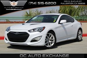 2014 Hyundai Genesis Coupe 20T Carfax 1-Owner - No AccidentsDamage Reported  Casablanca White