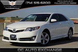 2014 Toyota Camry SE Carfax 1-Owner  Super White          19256 Per Month - On Approved Cred