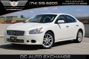 2014 Nissan Maxima 35 S Carfax 1-Owner - No AccidentsDamage Reported  Pearl White