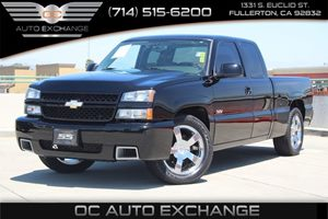 2006 Chevrolet Silverado SS  Carfax 1-Owner - No AccidentsDamage Reported  Black          31