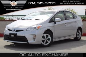 2015 Toyota Prius Two Carfax 1-Owner  Classic Silver Metallic  We are not responsible for typo