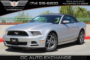 2013 Ford Mustang V6 Premium Carfax 1-Owner - No AccidentsDamage Reported  Ingot Silver Metall