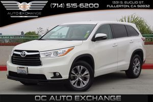 2014 Toyota Highlander LE Carfax Report  White  We are not responsible for typographical error