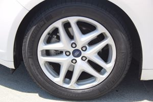 2014 Ford Fusion SE Carfax 1-Owner - No AccidentsDamage Reported  Oxford White          158