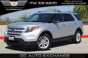 2014 Ford Explorer XLT Carfax 1-Owner - No AccidentsDamage Reported  Ingot Silver Metallic