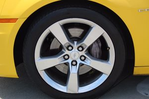 2010 Chevrolet Camaro 2SS Carfax 1-Owner - No AccidentsDamage Reported  Rally Yellow