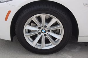 2014 BMW 5 Series 528i Carfax 1-Owner - No AccidentsDamage Reported  White          36388 P