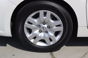 2016 Nissan Altima 25 S Carfax 1-Owner - No AccidentsDamage Reported  White  We are not resp