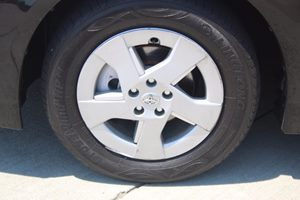 2010 Toyota Prius I Carfax 1-Owner - No AccidentsDamage Reported  Black  We are not responsib