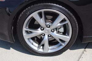 2010 Lexus IS 250 Base Carfax Report - No AccidentsDamage Reported  Black Sapphire Pearl  We