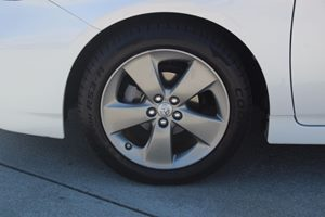 2015 Toyota Prius Persona Series Carfax 1-Owner  White  We are not responsible for typographic