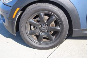 2010 MINI Cooper Clubman Base Carfax Report - No AccidentsDamage Reported  Midnight Black Meta