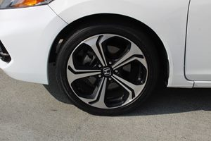 2015 Honda Civic Coupe Si Carfax 1-Owner - No AccidentsDamage Reported  Taffeta White  We are