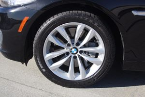 2016 BMW 5 Series 550i Carfax 1-Owner - No AccidentsDamage Reported  Black          48574 P