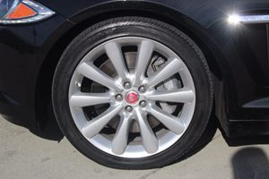 2014 Jaguar XF 30 Carfax 1-Owner - No AccidentsDamage Reported  Ultimate Black Metallic  We