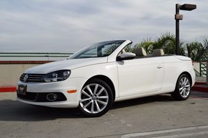 2014 Volkswagen Eos Komfort SULEV Carfax 1-Owner - No AccidentsDamage Reported  Candy White