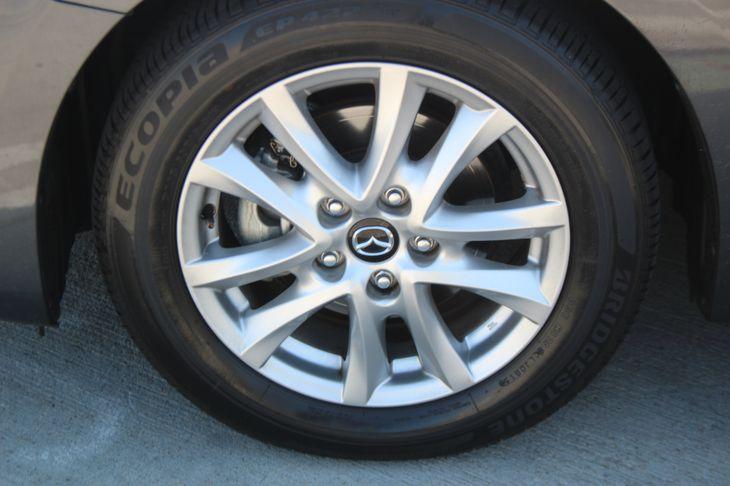 2015 Mazda Mazda3 i Touring  Meteor Gray Mica TAKE ADVANTAGE OF OUR PUBLIC WHOLESALE PRICING
