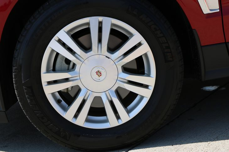 2015 Cadillac SRX Luxury Collection Engine 36L Sidi Dohc V6 Vvt Crystal Red Tintcoat All adve