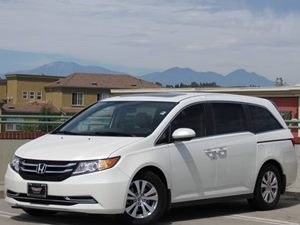 2014 Honda Odyssey EX-L Carfax Report  White Diamond Pearl         35124 Per Month - On Appr